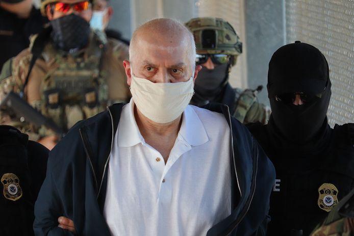 Eduardo Arellano Felix wordt terug naar zijn vaderland gedeporteerd.