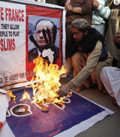 Les manifestations continuent au Pakistan, des drapeaux français brûlés