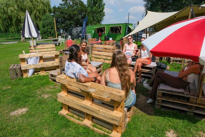 De Strobar is de ideale plek om deze zomer tot rust te komen.