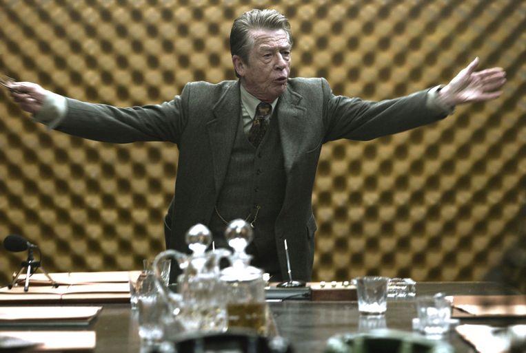 John Hurt in Tinker Tailor Soldier Spy van Tomas Alfredson Beeld