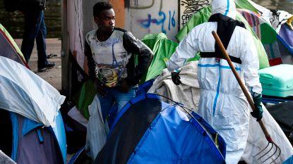 Grootste tentenkamp in Parijs ontruimd: meer dan duizend mensen geëvacueerd
