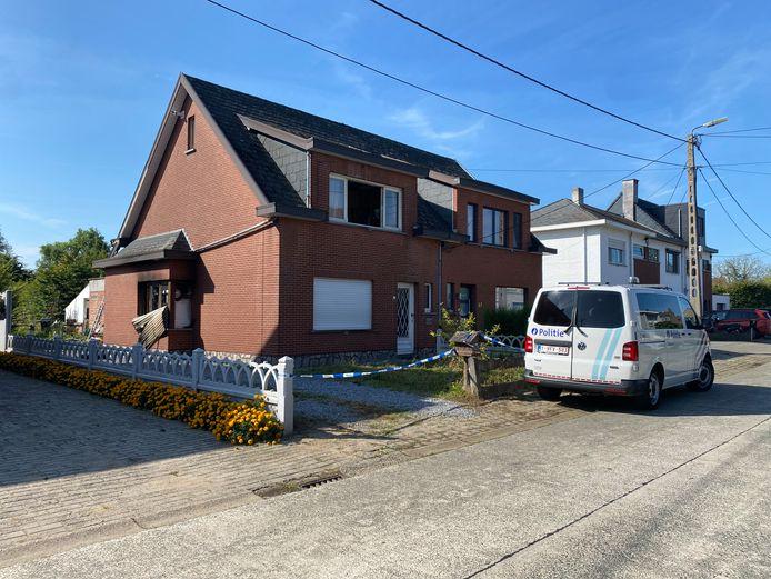 SINT-KATELIJNE-WAVER - In de loop van woensdag werd de schade aan de woning zichtbaar. De politie onderzocht de brandoorzaak