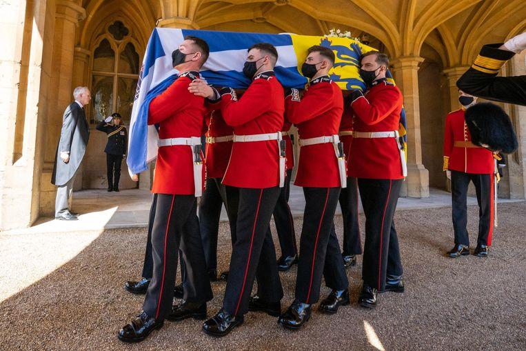 De kist van prins Philip. Beeld AFP
