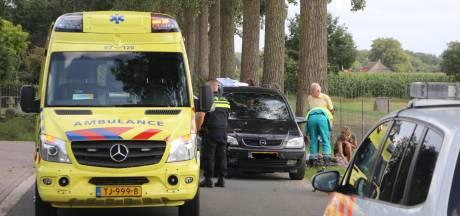 Jongetje gewond na aanrijding Lunteren