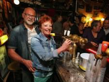 Café 't Praothuus in Wijhe bomvol te druk: 'Dan is er één oplossing: tapje dicht'