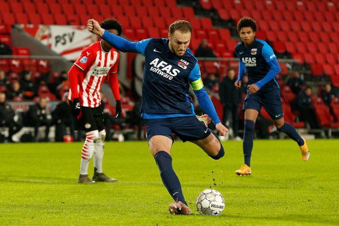 Teun Koopmeiners scoorde sinds de zomer van 2019 al 21 keer uit een standaardsituatie voor AZ in de Eredivisie.