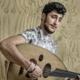 Nawras Altaki vluchtte twee jaar geleden naar Nederland, nu is hij muzikant