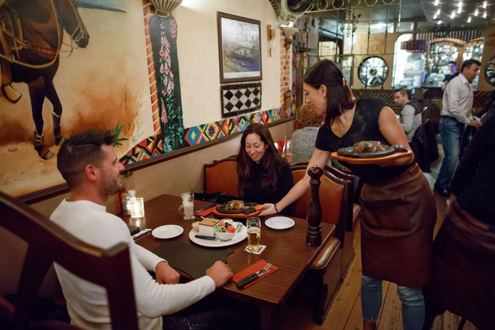 Bij Los Latinos in Roosendaal eet je in een ongedwongen sfeer.