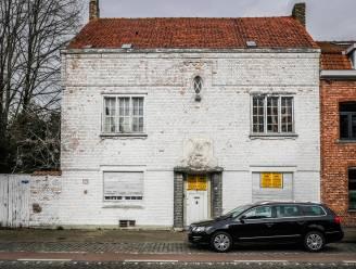 """Brugs kunstenaarshuis De Pelikaan staat te koop: """"Slopen zullen we niet toelaten"""""""