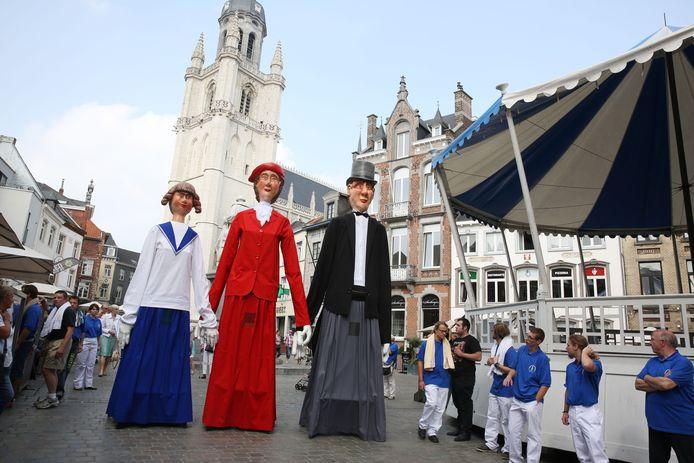 In 2014 maakten Rooske, Juliette en Romeo al hun comeback in Halle als de Reuzen van de Stieweg.