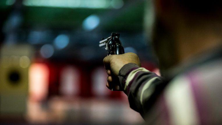 Schieten bij een schietvereniging (foto niet genomen bij SV Westerpark). Beeld anp