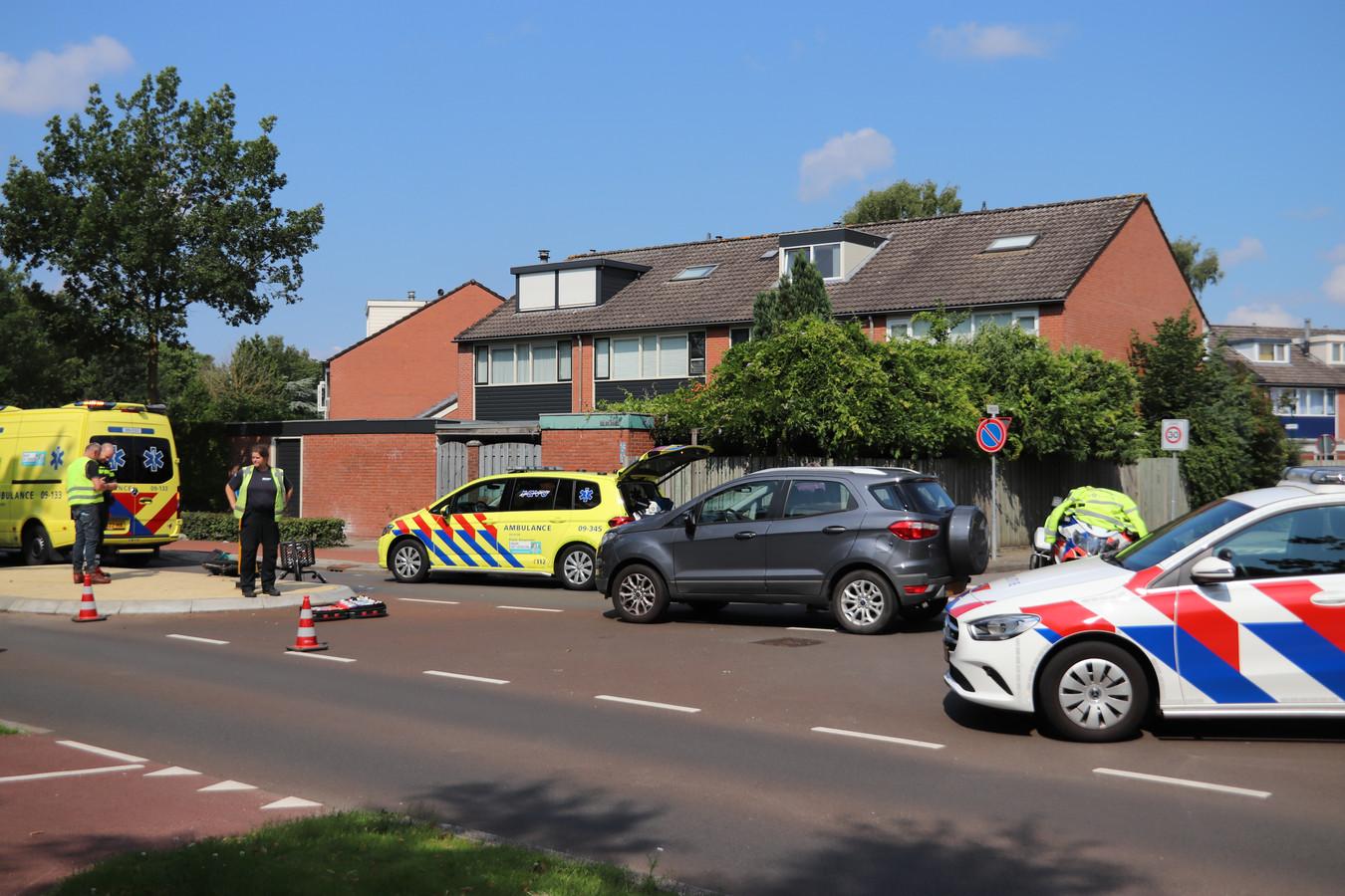 Hulpdiensten zijn aanwezig na het ongeluk in Veenendaal.