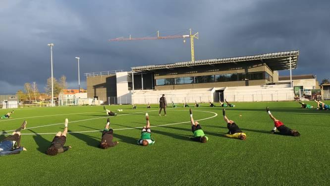 """Rechter vernietigt vergunning voor bijna afgewerkt sportcomplex in Moerbeke: """"Farys en gemeente moeten huiswerk helemaal opnieuw maken"""""""