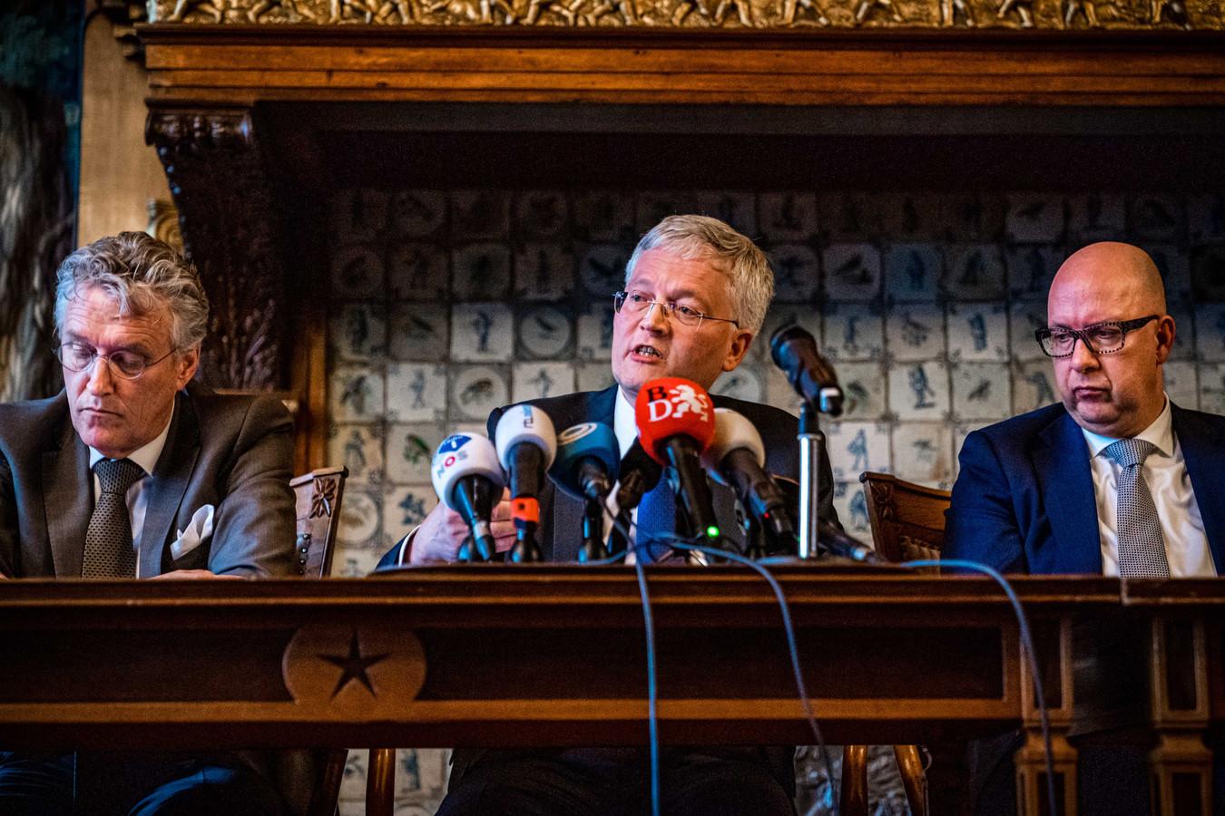 De burgemeesters Jack Mikkers (Den Bosch), Theo Weterings (Tilburg) en John Jorritsma (Eindhoven) bij een eerder persmoment.