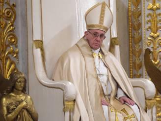 """Paus: """"Amerikanen, bid en stem naar geweten"""""""