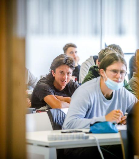 """Brugge rondt voor het eerst de kaap van de 10.000 hogeschoolstudenten: """"Heel veel interesse om aan te sluiten bij studentenclubs"""""""
