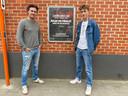 Joris Vandenbroucke (links) en Luca-Lewis De Bruycker van de jongsocialisten bij een gokreclame