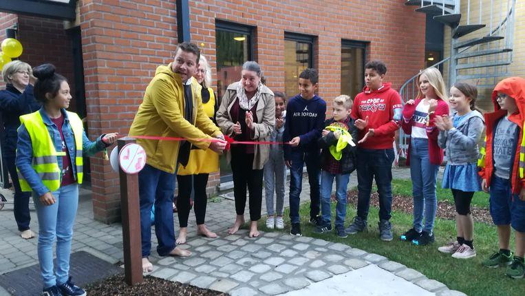 Het blotevoetenpad werd vrijdagochtend officieel geopend.