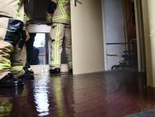 Waterleiding springt in oud schoolgebouw Vroomshoop: pand onder water