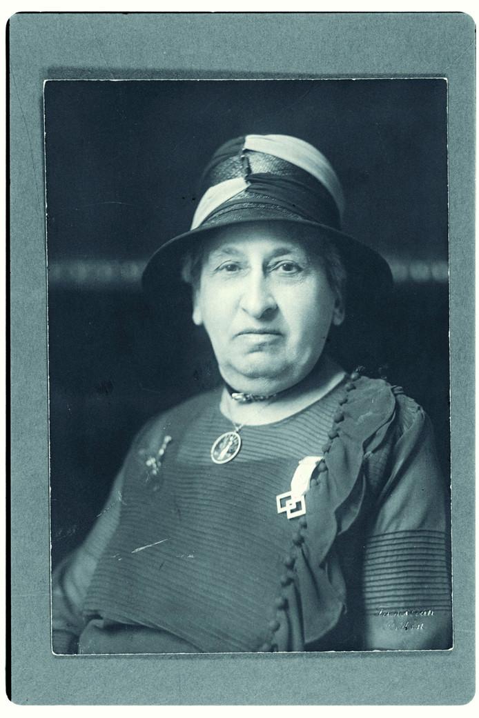 Portret uit 1929, genomen tijdens de Berlijnse conferentie van International Alliance of Women, Archief Aletta Jacobs.