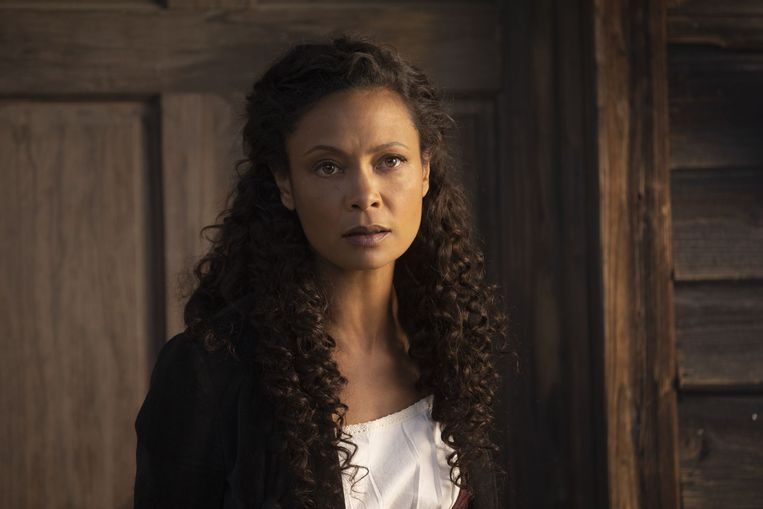 Thandi(w)e Newton in Westworld. Beeld