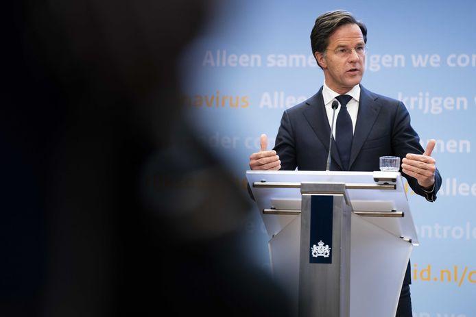 Demissionair premier Mark Rutte geeft een toelichting op de coronamaatregelen in Nederland.