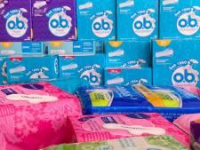 Speelgoedbank Gorinchem pakt menstruatie-armoede aan en deelt gratis maandverband en tampons uit