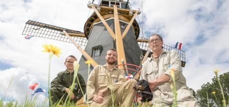 Deze drie mannen houden het stokoude monument 'De Hoop & Verwachting' springlevend