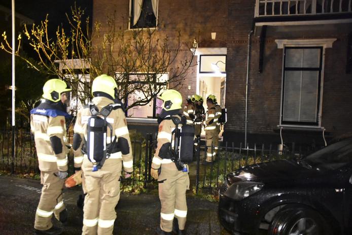 Veel brandweer bij de woning in Velp vanwege het gaslek.