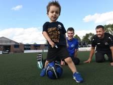 Bij Vriendenschaar kunnen nu ook peuters van 2 en 3 jaar voetballen
