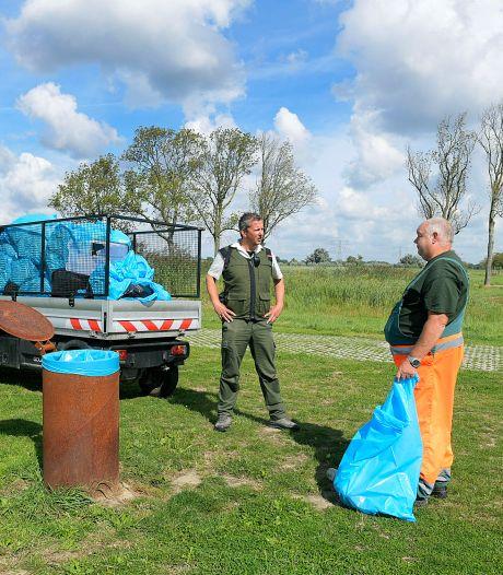 Gastheren bekeurden 58 mensen in nieuwe natuur- en recreatiegebieden in Dordt en Werkendam