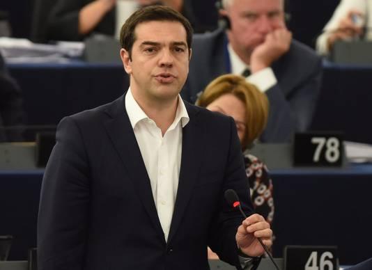 Griekenland wil een oplossing voor de enorme financiële problemen, zonder verdere bezuinigingen die het land naar de rand van de afgrond hebben gebracht. Dat zei de Griekse premier Alexis Tsipras