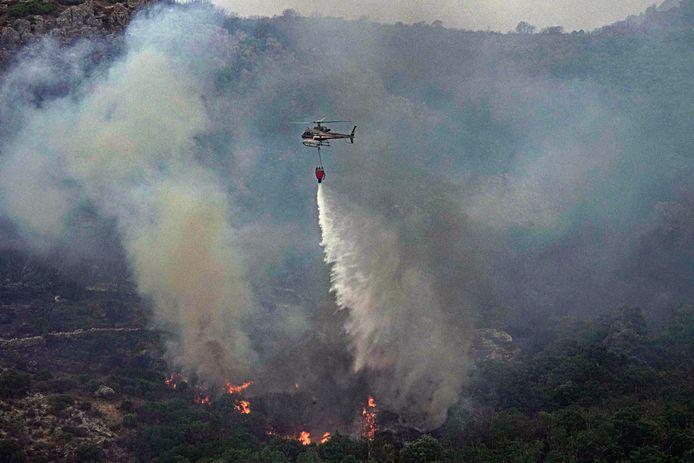 Ook het eiland Sardinië werd getroffen door bosbranden.