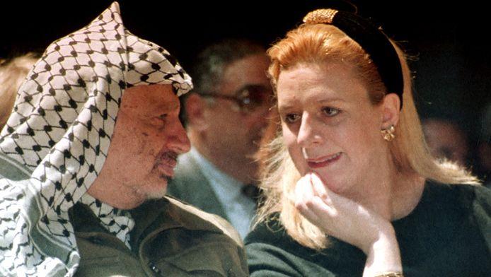 Yasser Arafat et son épouse en 1995