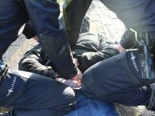 Zakkenrollers omhelzen slachtoffer en stelen portemonnee, maar komen niet ver in Utrecht