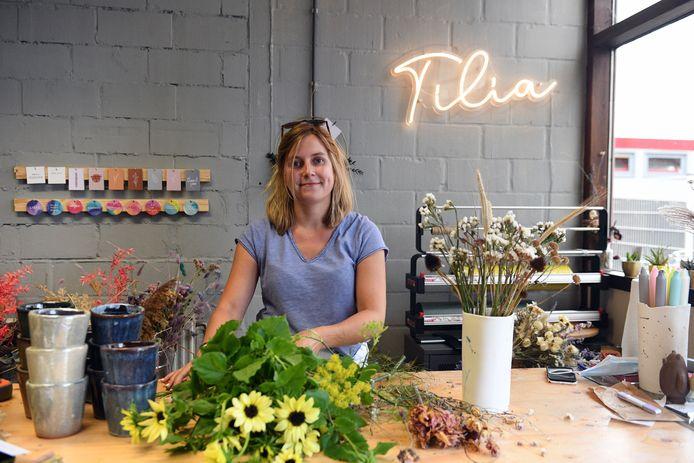 Louise Vanderlinden van Tilia Flowers heeft een duurzaam bloemenatelier in Stelpaats in Leuven.
