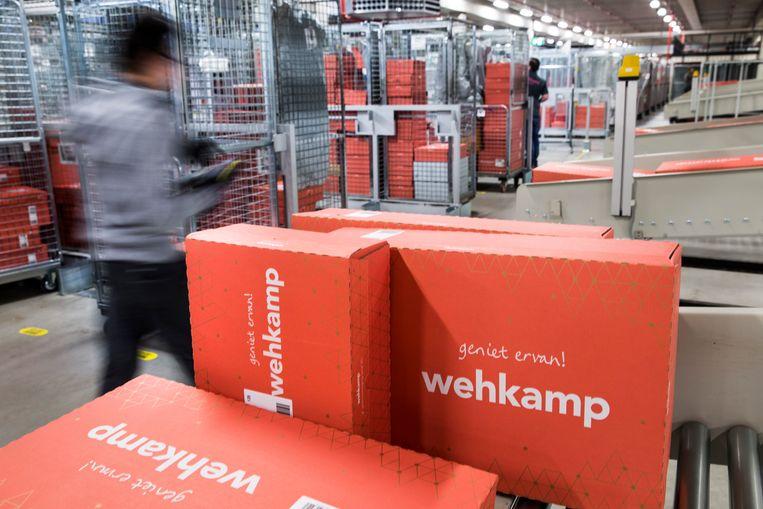 Wehkamp heeft het tij weten te keren door fors te snijden in kosten. Het bedrijf sloot vorig jaar, na vijftig jaar, een distributiecentrum in het Gelderse Maurik Beeld ANP XTRA