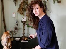 Pure kost uit stad Arnhem in eigen kookboek: 'Een gevulde tafel verbindt'