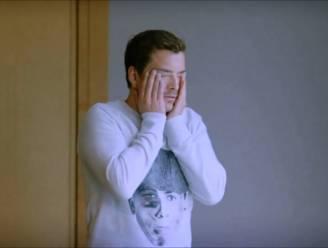 """Jens Dendoncker neemt Niels Destadsbader te grazen in 'Hoe Zal Ik Het Zeggen?': """"Ik dacht dat hij me op mijn bakkes zou slaan"""""""