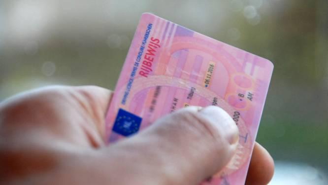 Hardleerse man voor tiende keer betrapt op rijden zonder rijbewijs