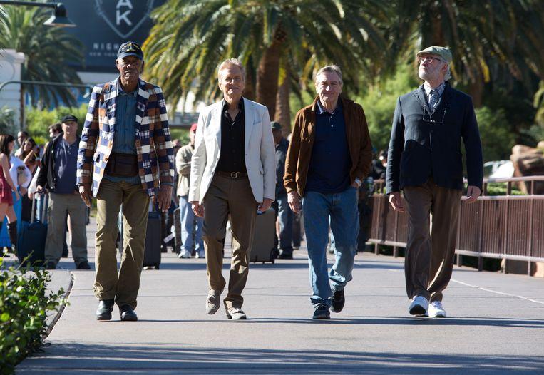 Van links naar rechts: Morgan Freeman, Michael Douglas , Robert De Niro en Kevin Kline in 'Last Vegas'. Beeld Chuck Zlotnick