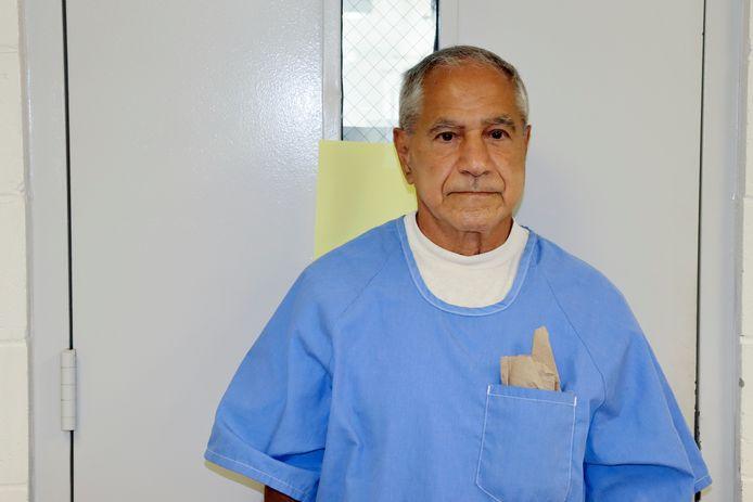 Sirhan Sirhan komt aan bij de hoorzitting waarin zijn verzoek om voorwaardelijke vrijlating wordt behandeld. (27/08/2021)