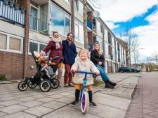 Buurt baalt van huisjesmelkers die woningen volproppen met Polen: 'Veel alcohol, veel lawaai en veel auto's'
