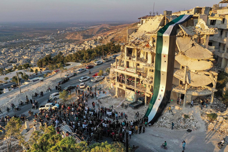 Bijna tien jaar burgeroorlog heeft naast de infrastructuur ook de economie van Syrië verwoest.