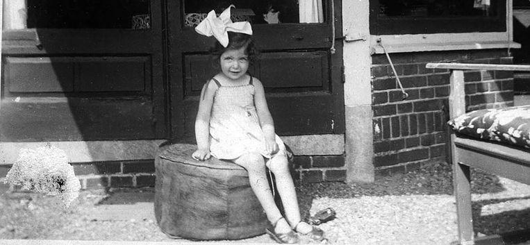 """Nansje was een onderduikkind: """"Jarenlang heb ik gedacht: had ik maar met mijn ouders mee gemogen"""""""