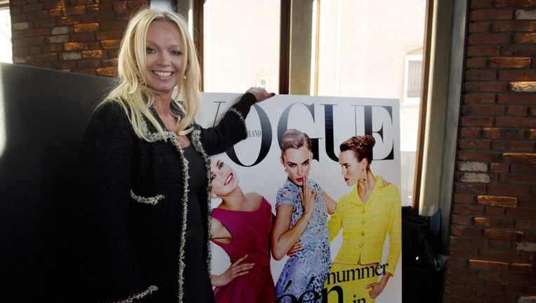 Hoofdredactrice Karin Swerink bij de introductie van de Nederlandse Vogue Beeld epa