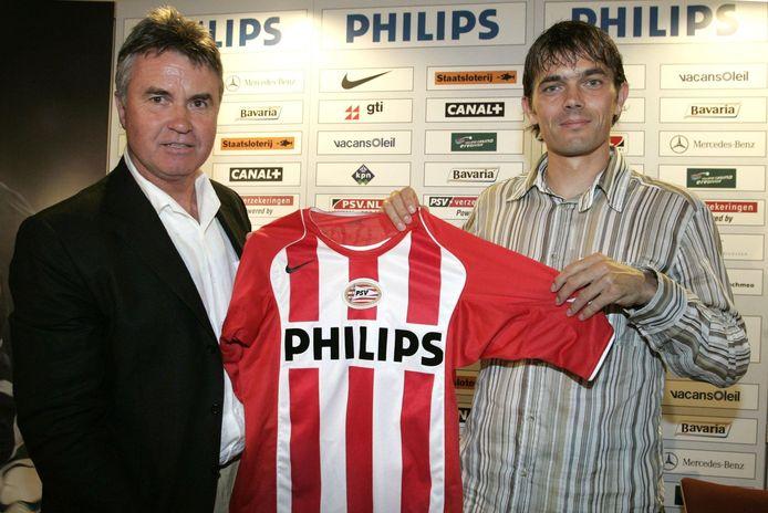 Guus Hiddink was in 2004 mede-verantwoordelijk voor de terugkeer van Phillip Cocu naar PSV.