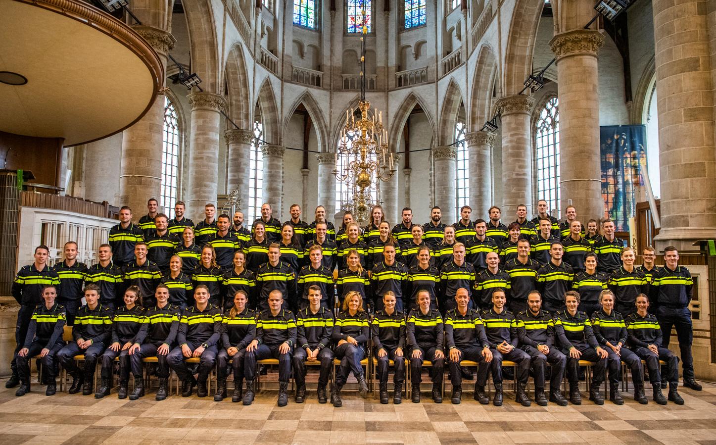 Beëdiging van nieuwe agenten in de Laurenskerk in Rotterdam op 18-10-2019.