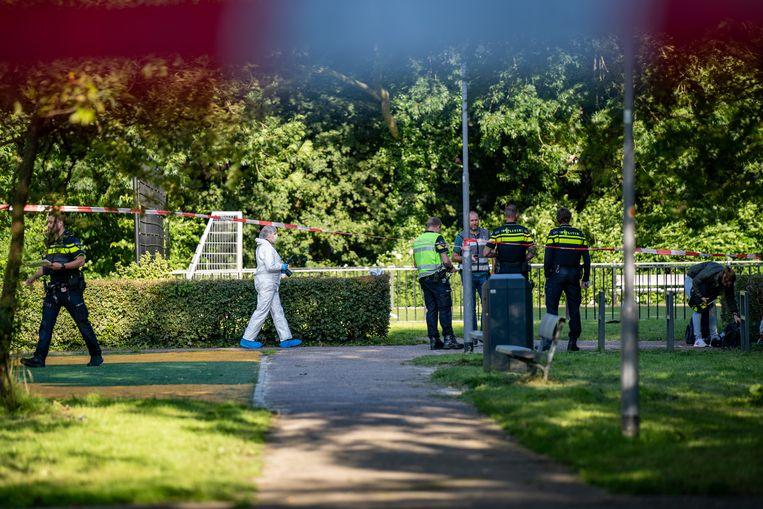 Donderdagmiddag werd een 15-jarige jongen doodgestoken in Rotterdam. Beeld Hollandse Hoogte / Novum RegioFoto