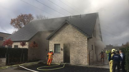 Brand in bergruimte zorgt vooral voor rookschade